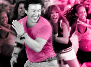 iczu01.02bm-zumba-charity-initative-party-in-pink