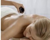 fsbdni01.07b-nivea-haus-massage-mit-oel